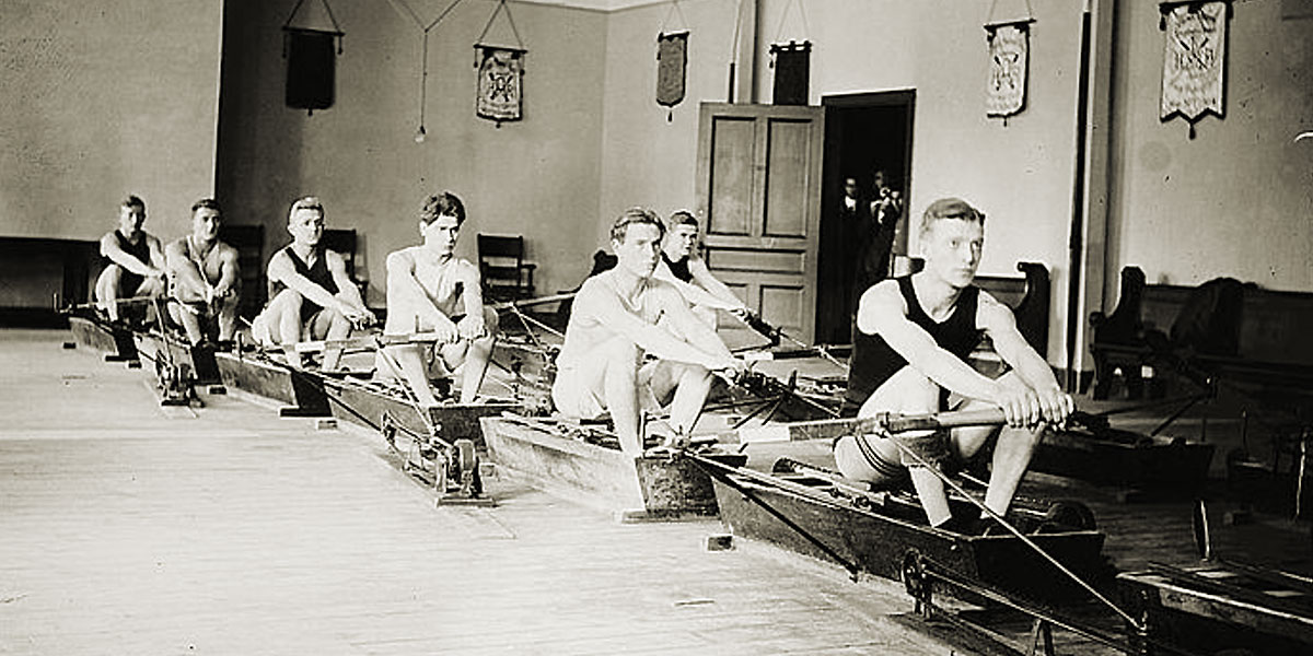 Columbia Squad at rowing machines (LOC) between c1910 and c1915